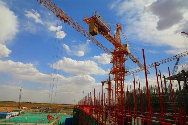 大型机械吊装作业