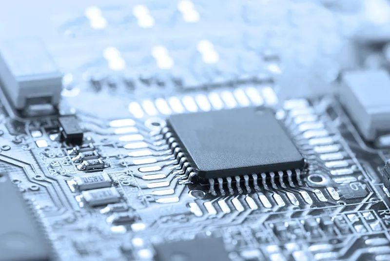定位设备的软硬件结合